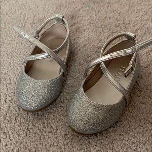 Sparkling dress shoes